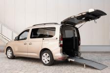 Trasporto passeggeri disabili in carrozzina: Nuovo Volkswagen Caddy Passo Corto con allestimento Focaccia F-Style