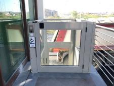 Piattaforma elevatrice Vimec per far salire le scale ad anziani e disabili con e senza carrozzina