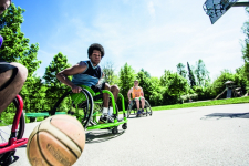 Le nuove carrozzine sportive Ottobock per basket, tennis, danza