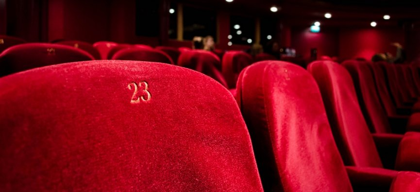 poltrone rosse di un cinema
