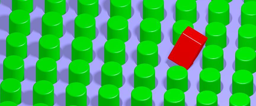 rettangolo rosso in mezzo a cilindri verdi