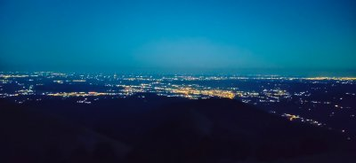 3c panorama notturno dallarea camper di Bielmonte