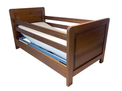Letto per disabili con barre di protezione anticaduta a scomparsa - Sponde letto per anziani ...