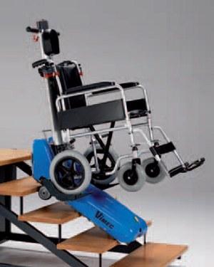 Roby t09 il montascale mobile a cingoli di vimec for Sedia a rotelle ruote piccole