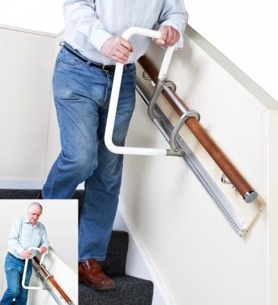Montascale non motorizzato con corrimano mobile per for Sedia elettrica che sale le scale