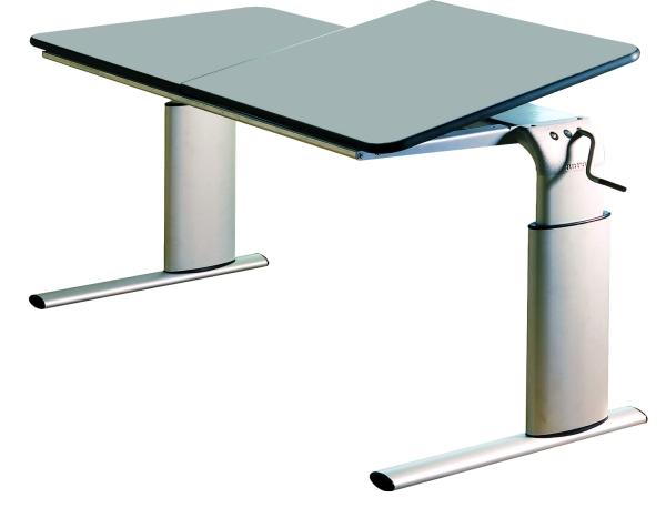 Tavolo regolabile per carrozzina e sedia posturale per - Tavolo e sedia per bambini ...
