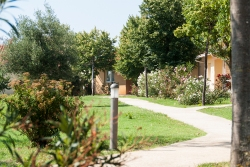 vialetto del villaggio tusritico bivillage in croazia