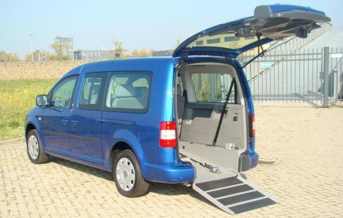 Piani ribassati guidosimplex per il trasporto disabili in for Piani domestici accessibili per disabili