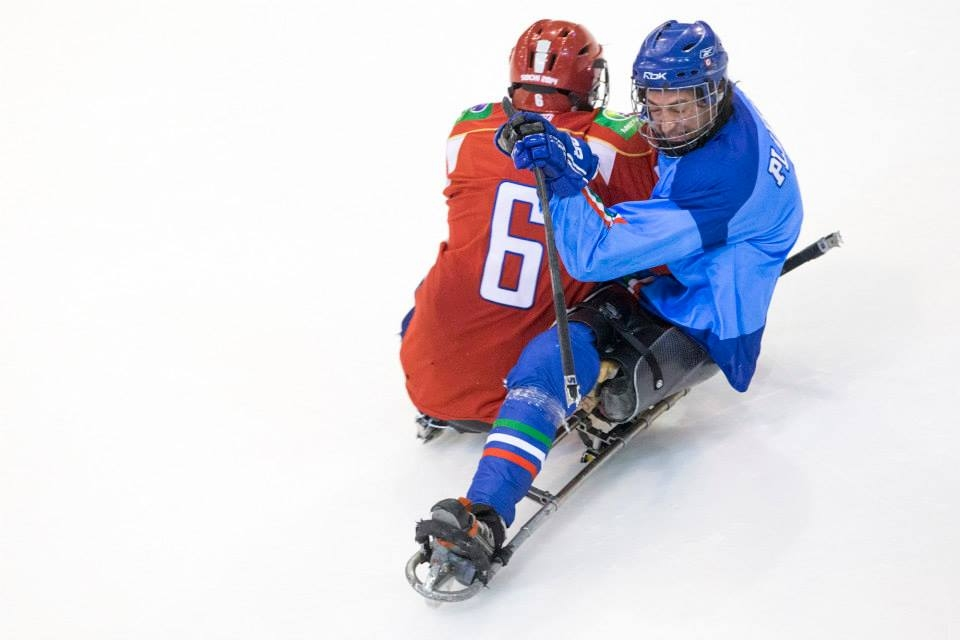 sledgehockey3