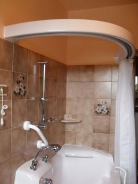 Da linea oceano bali la vasca con porta laterale - Tenda doccia per vasca ...