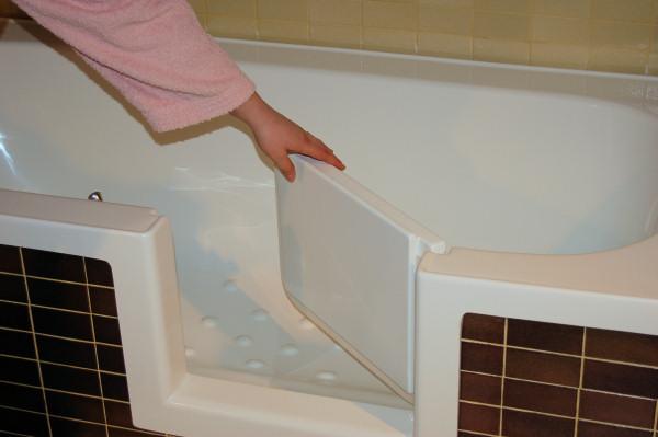 Vasche Da Bagno Con Apertura Laterale Prezzi : Vasca con sportello e apertura laterale di remail