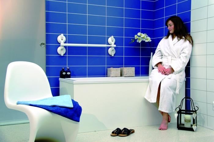 Maniglioni, assistenti e sollevatori anziani e disabili per muoversi in bagno e in vasca ...