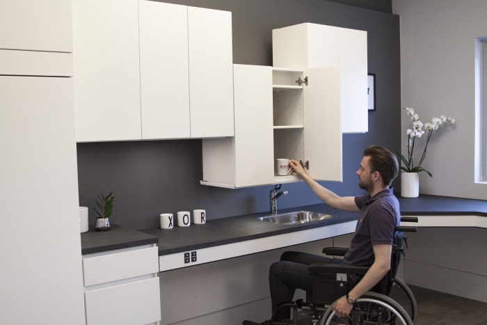 Componenti ergonomiche e regolabili di cucine per persone in carrozzina o altre disabilit - Cucine per disabili ...