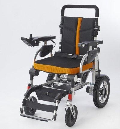 Sedia a rotelle elettrica pieghevole e regolabile per ...