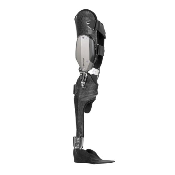 IC-Brace®: la nuova ortesi meccatronica per gamba di Ottobock per tornare a camminare