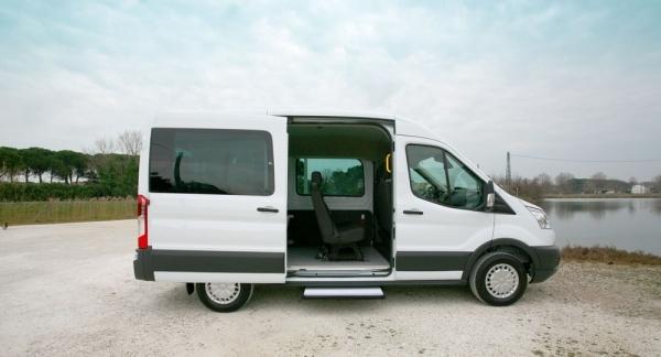 IAllestimento su Ford Transit per trasporto carrozzine pesanti disabili