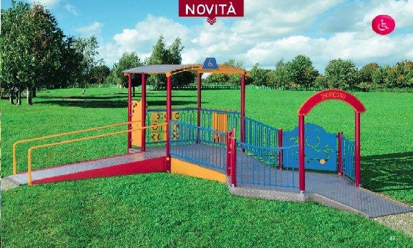IGiostra accessibile per parco giochi inclusivo adatto a bambini con e senza disabilità