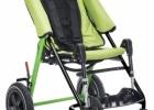 Passeggino per bambini disabili riconducibile, richiudibile e maneggevole